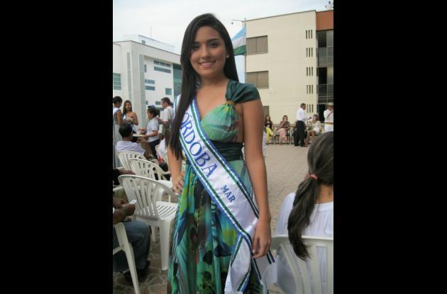 Verónica Díaz Palacios, candidata al Reinado Nacional del Mar, en Santa Marta.