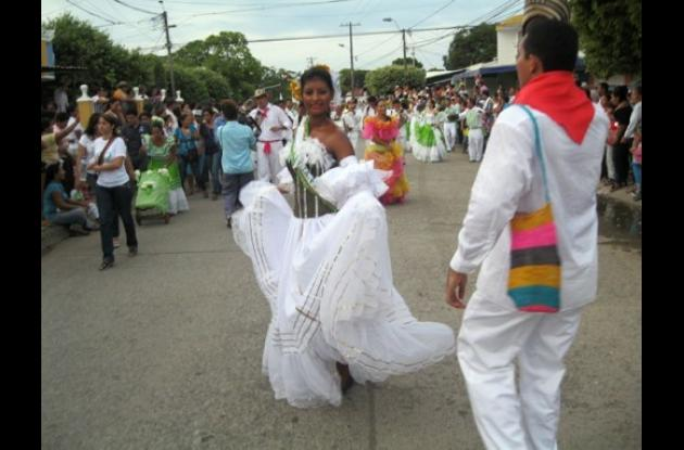 La Reina Popular de la Ganadería, encargada de encabezar el desfile folclórico