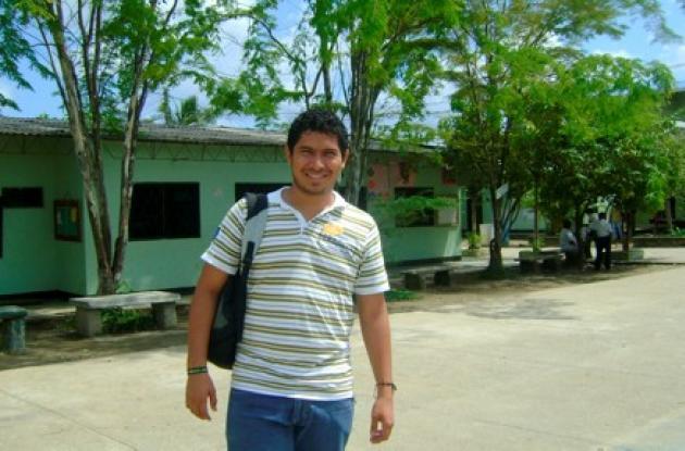 Dionis Alfredo Sierra Vergara, profesor asesinado.