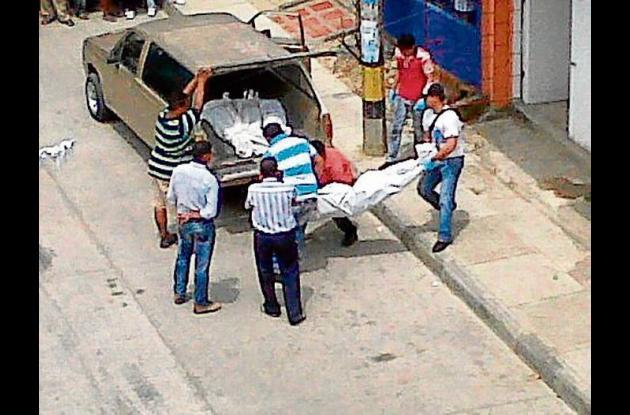 crimen de esposa e hijo y suicidio de un comerciante.