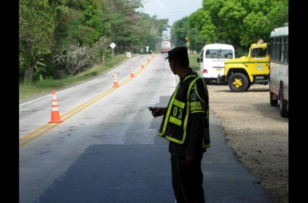 Las autoridades viales sugieren a los conductores que transiten con precaución