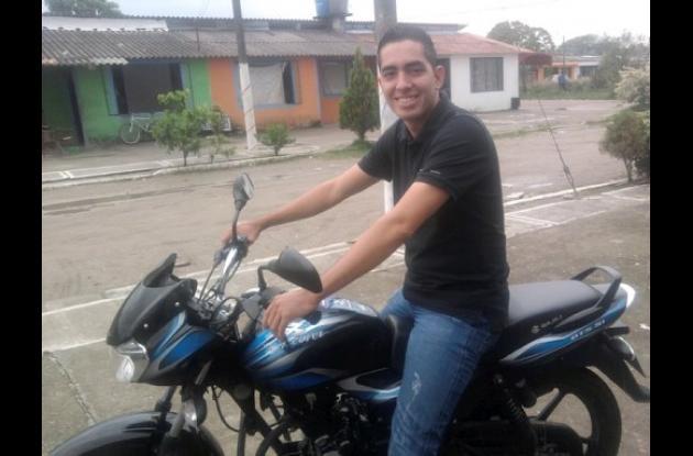Edwin Parrada, agente de la Sijín Asesinado en Tierralta.