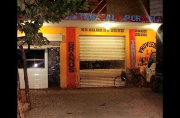 El establecimiento La Abejita en Lorica contra el que fue arrojada la granada.