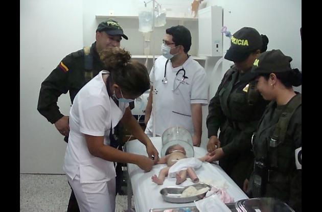 La bebé de cinco días abandonada en el barrio Villa Cielo de Montería.