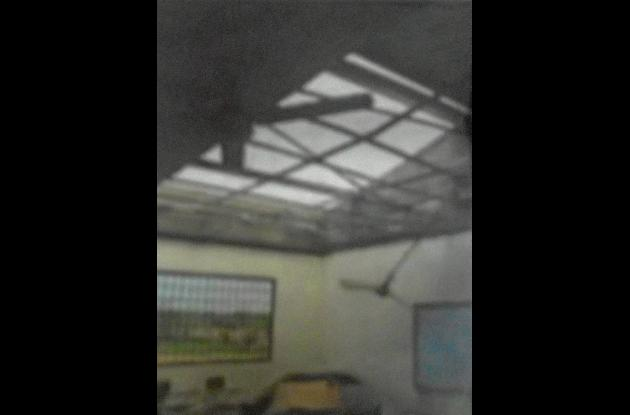 Un fuerte vendaval afectó a Chimá dejó varias viviendas sin techo
