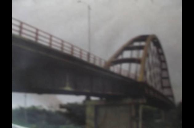 La víctima fue asesinada y después arrojada al río Sinú. Apareció debajo del Pue