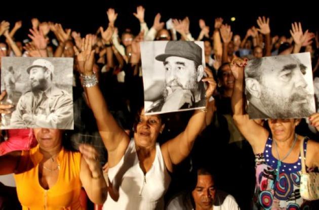 El pueblo cubano en medio de la celebración de los 85 años de Fidel Castro.