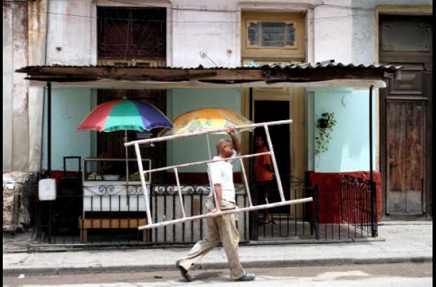 Cuba da vía libre a los materiales de construcción.