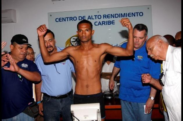 pelea de título mundial minimosca en Cartagena entre jesus geles y ramon garcia