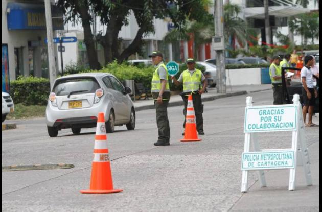 Operativos y control de seguridad de la Policía Nacional en varios sectores de C