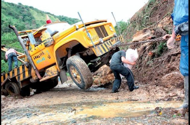 El Invierno sigue causando estragos en las vías del país.