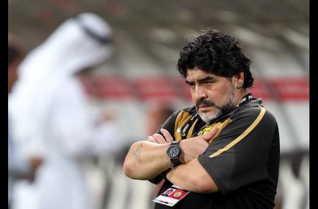 Maradona bravo porque le insultaron a su novia.