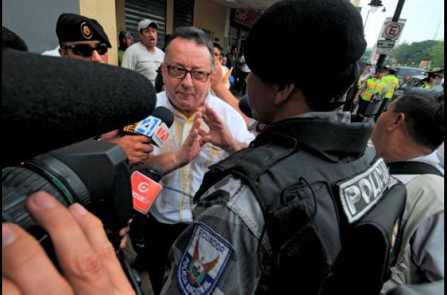 El presidente Correa quiere mandar a la cárcel a varios periodistas.