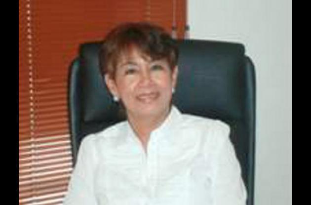 Yadira Villalba, primera mujer en ser presidenta de la ACE.