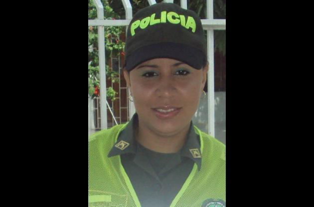 Ivonne Madero, patrullera de la Policía Metropolitana de Cartagena.