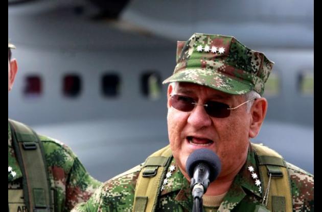 Almirante Edgar Cely
