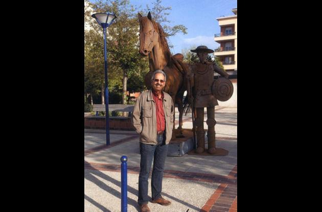 Esculturas en acero realizadas por el escultor Edgardo Carmona.