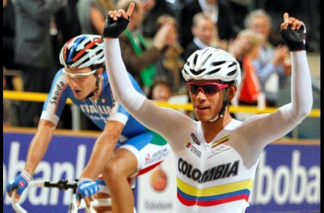 Colombiano Edwin Ávila se alzó con el oro en el Mundial de Ciclismo en Pista