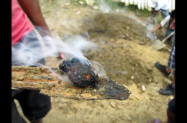 El área donde la tierra arroja humo está en el sector de Henequén.