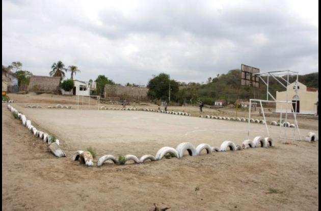 Cancha de baloncesto de El Salado (Bolívar).
