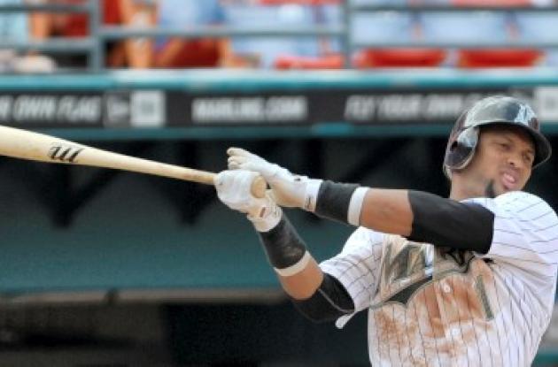 El dominicano Emilio Bonifacio tiene 23 juegos seguidos bateando de hit