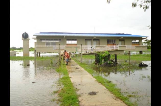 Construcción de 3 aulas tipo acuático en el municipio de Talaigua Nuevo