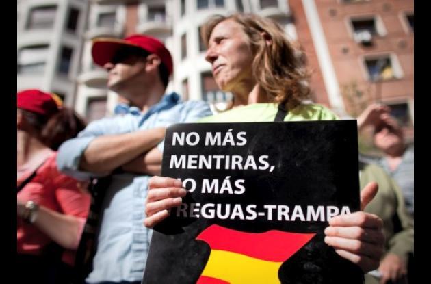 Decenas de miles protestaron contra la ETA en España.