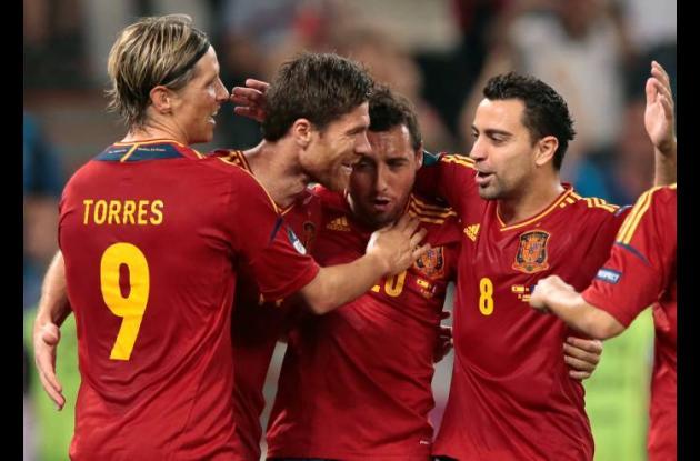 España se prepara para el partido ante Portugal.