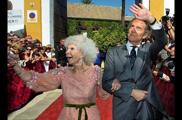 La Duquesa de Alba se casa por tercera vez a los 85 años