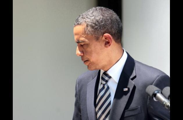 El presidente Obama firmó el proyecto de ley sobre techo de la deuda.