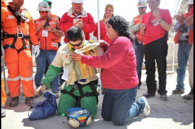 Esteban Rojas, uno de los mineros chilenos rescatados el pasado octubre.