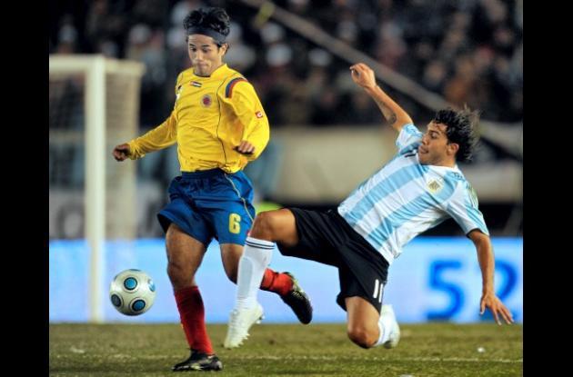 Fabián Vargas será fichado al fútbol griego.