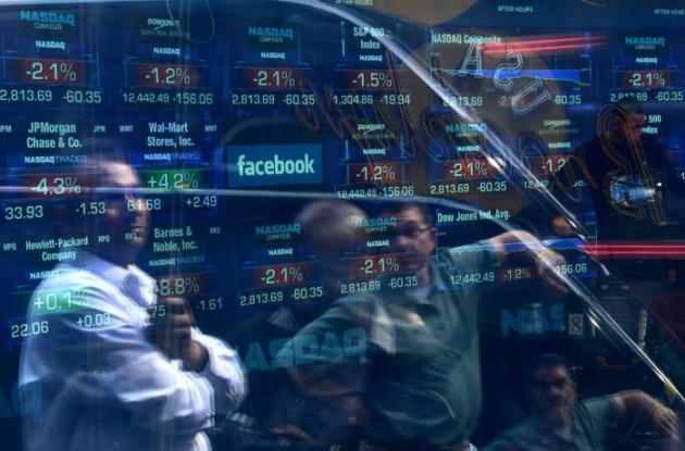 Facebook llega a la bolsa pisando fuerte.