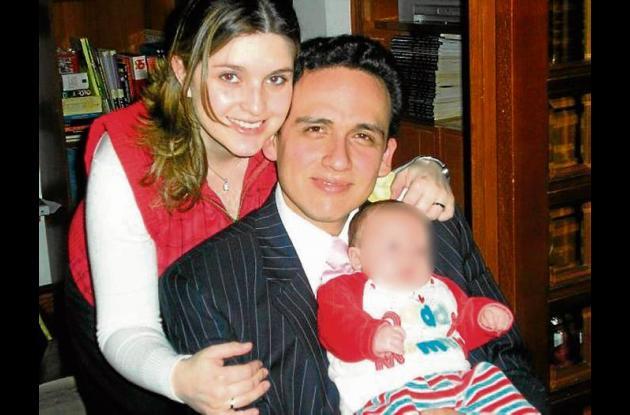 Nohora Sandoval Castro, su esposo David Rodríguez Valderrama y su hijo.