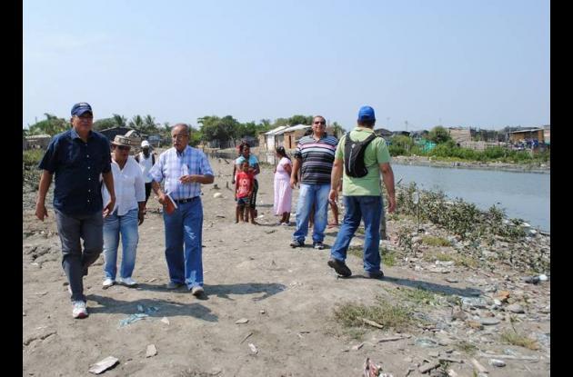 El equipo del Clopad realizó una visita al sitio con mayor riesgo de inundación.
