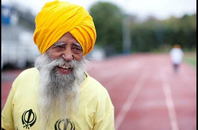 Fauja Singh hizo récord al ser el primero en terminar maratón con más de 100 año