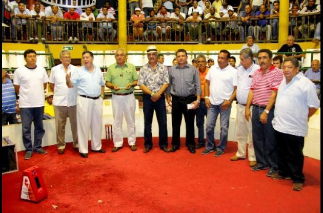Homenaje a Víctor Segrera en el coliseo La Española en la Feria de San José