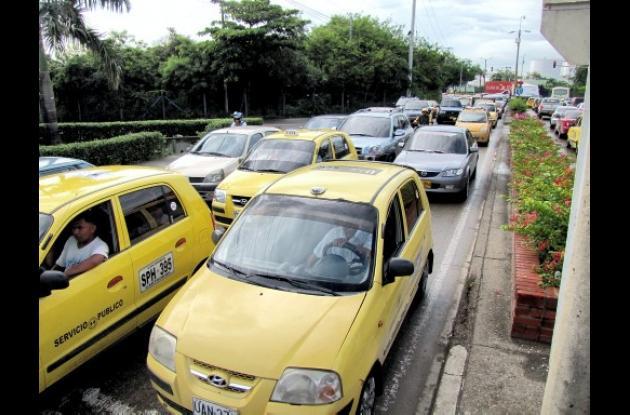 Trancones en barrio Manga de Cartagena