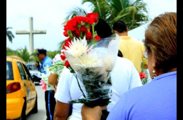Flores para las madres que están en el cielo.