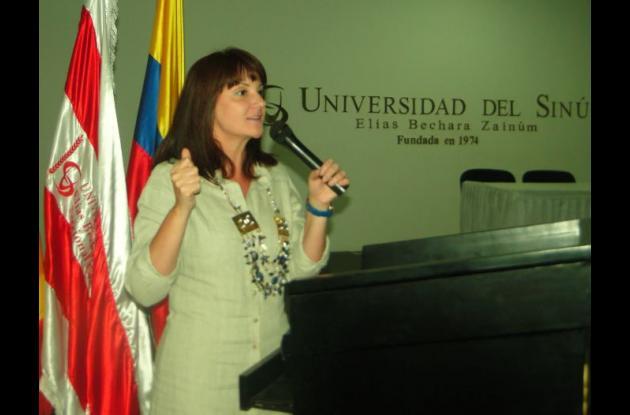 Foro sobre la violencia d egénero en la Universidad del Sinú.