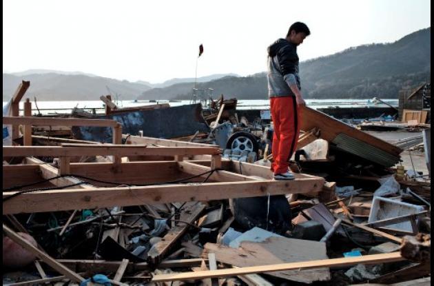 Japón prohíbe acceso a zona de evacuación de Fukushima.