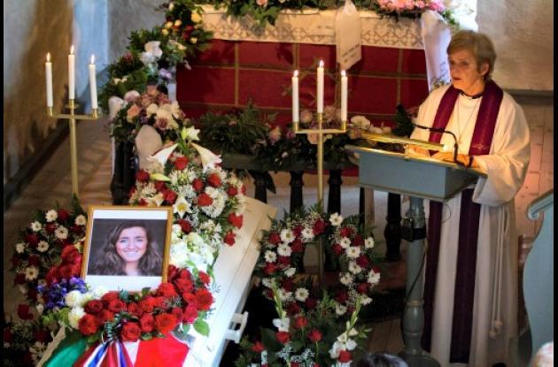 Funeral de Bano Rashid, una joven de origen kurdo iraquí muerta a los 18 años en