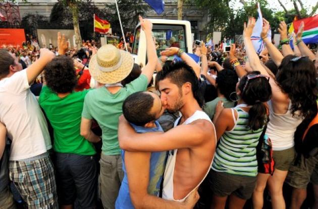 Homosexuales durante visita papal