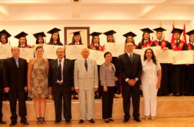 Grado Contaduría Pública en Universidad Libre Sede Cartagena.