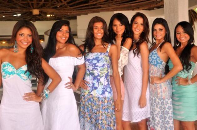 Presentación de las candidatas a Señorita Cartagena.