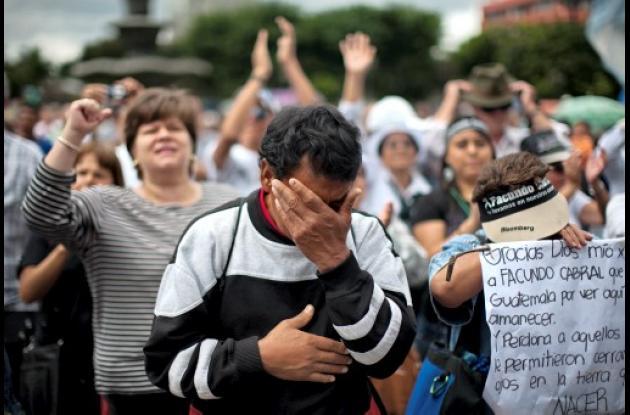 Guatemala sigue llorando la muerte de Facundo Cabral.