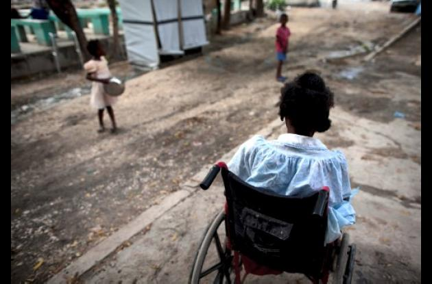 En Haití se usan menores de edad para mendigar.