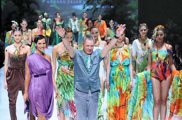 Hernán Zajar llenó de color las pasarelas del exposhow