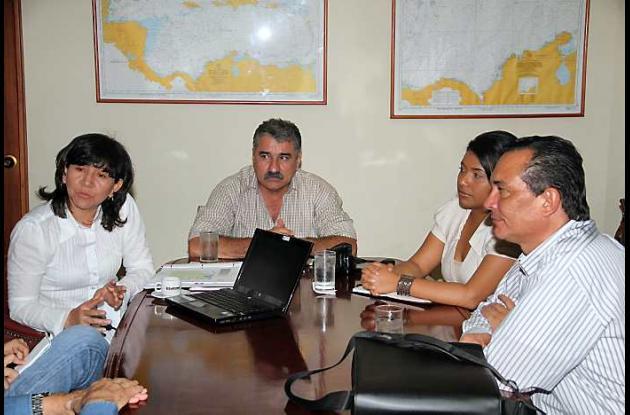 Guillermina Viuchy, Ostanio Montero Alarcón, Diana Bermúdez y Saulo Mora, de Hoc