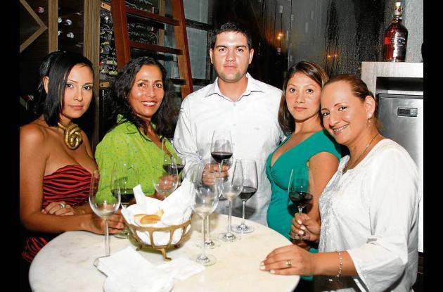 Cata de vinos en el Santa Clara